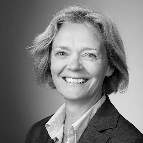professionele corporate profielfoto vrouw amsterdam portretfoto zwart-wit